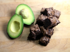 http://dovediscoveries.files.wordpress.com/2014/03/avocadobrownies.jpg